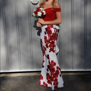 Two piece size 0 red rose prom dress